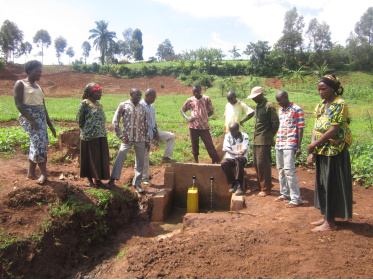 Thanks to the capturing of sources in South Kivu, Congo, people have access to drinking water.<div class='url' style='display:none;'>/en/</div><div class='dom' style='display:none;'>kirchgemeinde.ch/</div><div class='aid' style='display:none;'>398</div><div class='bid' style='display:none;'>11692</div><div class='usr' style='display:none;'>235</div>