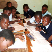 Learning boys in Kitwe, Zambia.<div class='url' style='display:none;'>/en/</div><div class='dom' style='display:none;'>kirchgemeinde.ch/en/</div><div class='aid' style='display:none;'>390</div><div class='bid' style='display:none;'>12248</div><div class='usr' style='display:none;'>235</div>