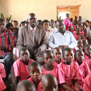 The children in Kiwenda, Uganda, receive a bigger new school.<div class='url' style='display:none;'>/en/</div><div class='dom' style='display:none;'>kirchgemeinde.ch/en/</div><div class='aid' style='display:none;'>410</div><div class='bid' style='display:none;'>12272</div><div class='usr' style='display:none;'>235</div>